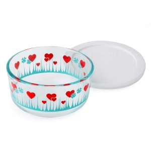 Pyrex: 2-Cup Storage Dish, Lucky in Love with White Lid