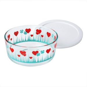 Pyrex: 4-Cup Storage Dish, Lucky in Love with White Lid