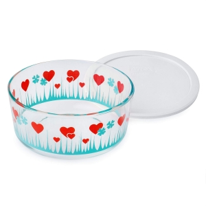 Pyrex: 7-Cup Storage Dish, Lucky in Love with White Lid