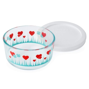 Pyrex: 1-Cup Storage Dish, Lucky in Love with White Lid