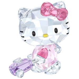 Swarovski: Hello Kitty Traveler