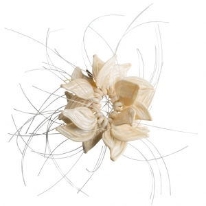 Nirit Dekel: Flower Brooch, Cream