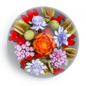 Clinton Smith: Floral Bouquet Paperweight
