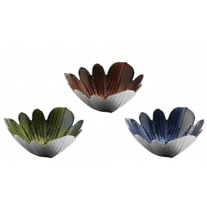 Studio Silversmiths: Petal Bowl