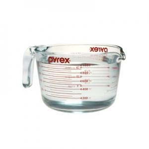 Pyrex: 4-Cup Measuring Cup