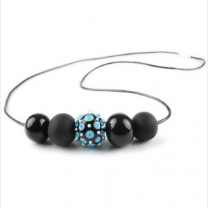 Alicia Niles: Jazz 5-Bead Necklace, Black & Blue