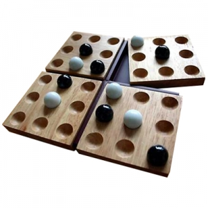 Mindtwister USA: Pentago Classic Wood Game